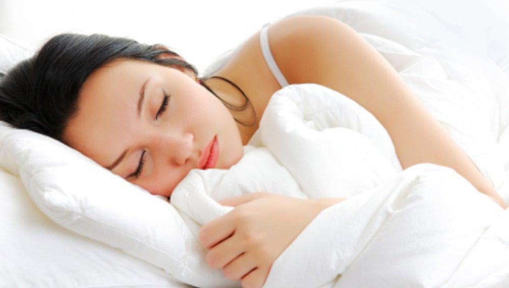 Para evitar molestias por el cambio horario, reajuste gradualmente sus horas de descanso