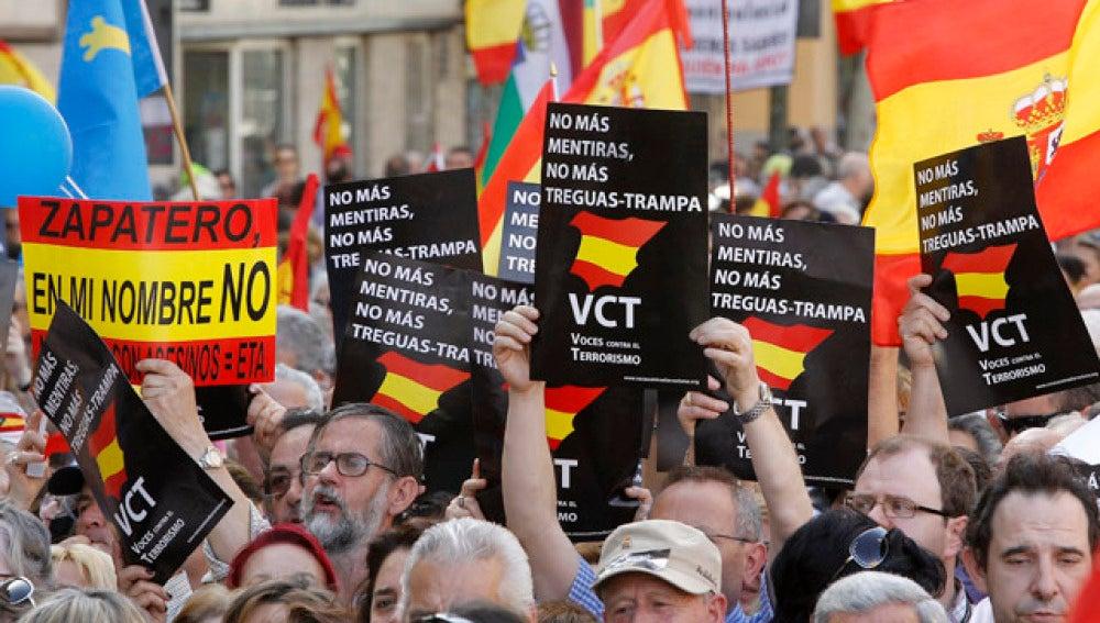 Manifestación en Madrid contra la presencia de ETA en las elecciones