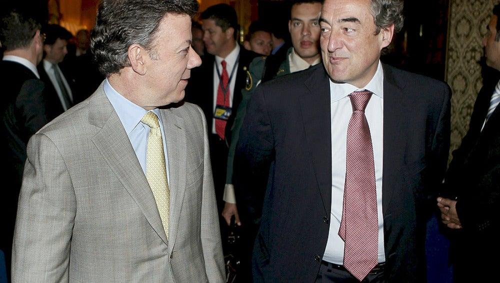 Santos con el presidente de la CEOE