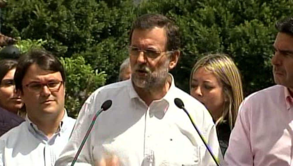 Rajoy promete ayudar a los plataneros
