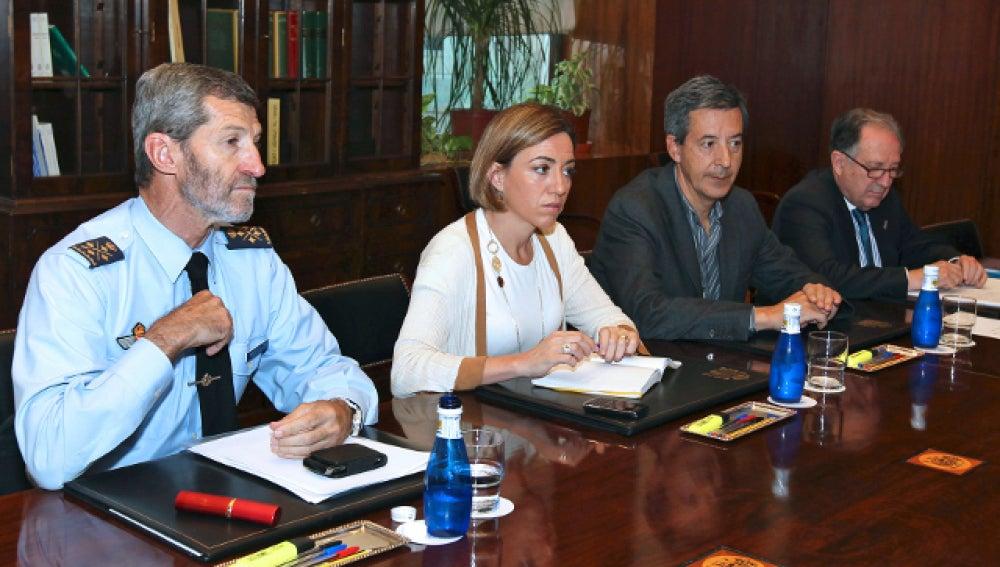 El jefe de Estado Mayor de la Defensa, José Julio Rodríguez y la ministra de Defensa, Carme Chacón