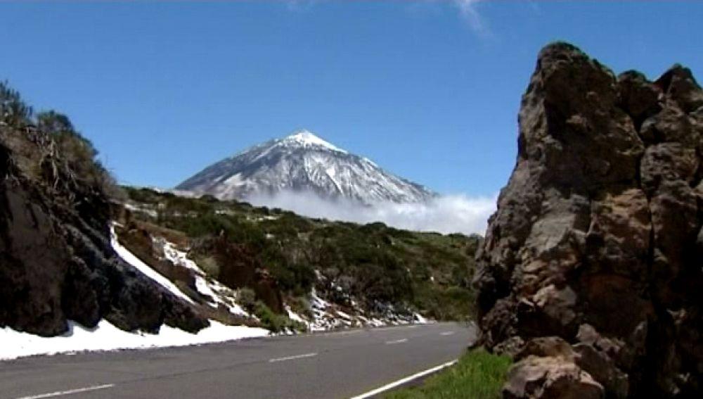 Nieve en mayo en el Teide