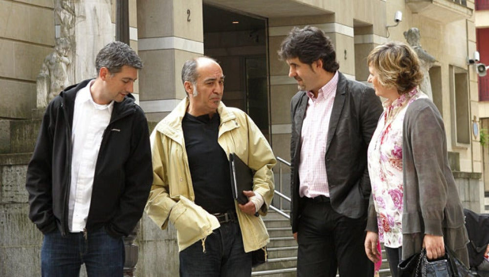 Los miembros de Bildu Oskar Matute, Martín Garitano, Pello Urizar e Ikerne Badiola