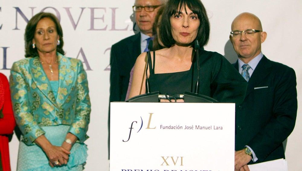 Silvia Grijalba tras recibir el premio Fernando Lara