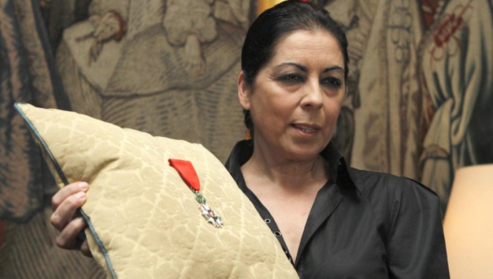 La viuda de Enrique Morente recibe el galardón