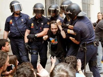 Desolojo del 15-M frente al ayuntamiento de Madrid