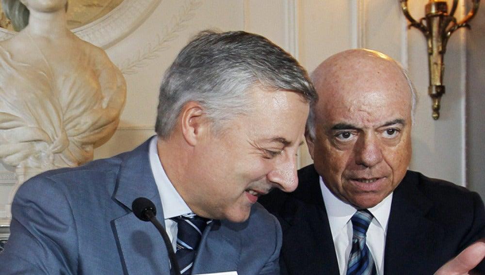 José Blanco junto al presidente del BBVA