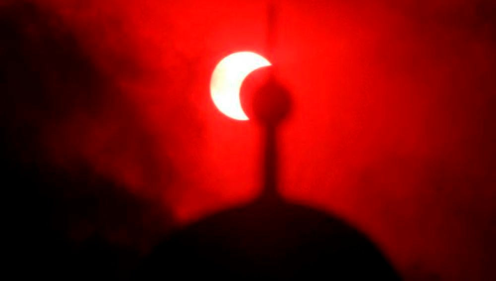 La luna roja (16-6-2011)
