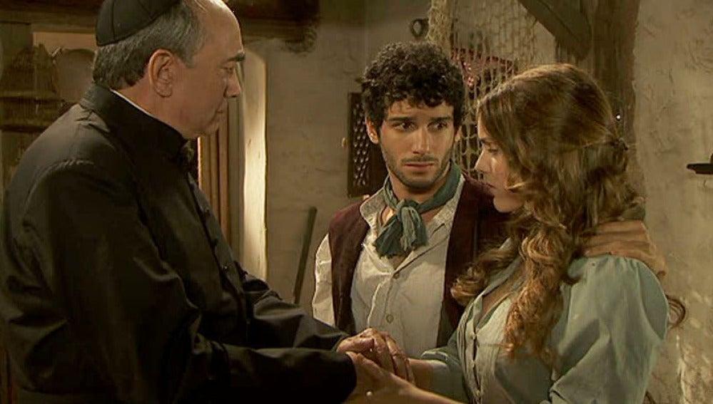 Don Anselmo previene a Juan y Soledad