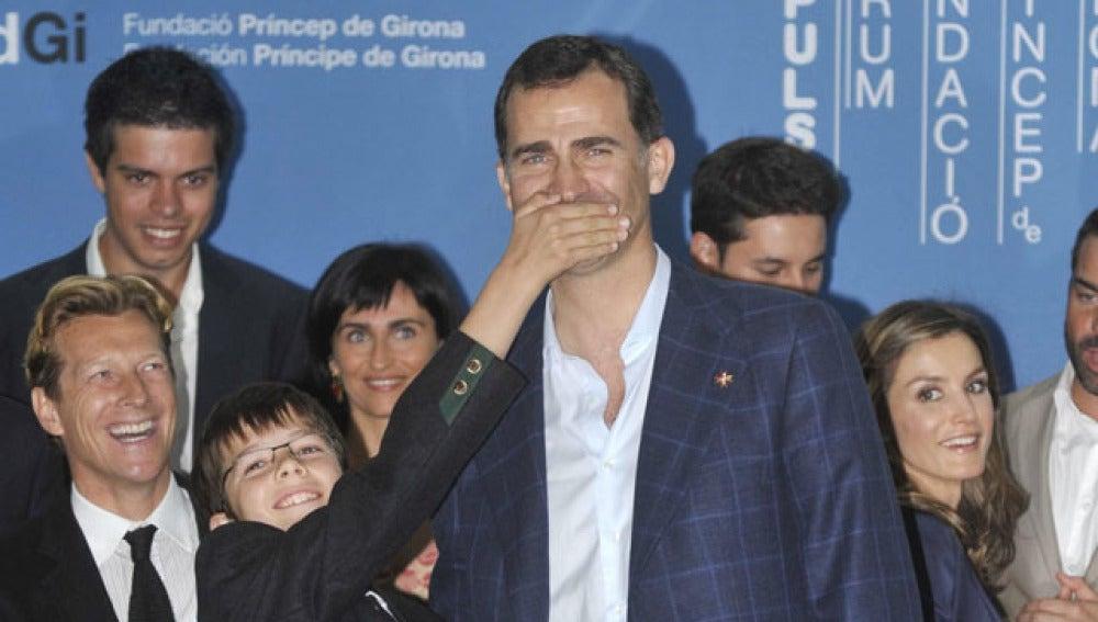 El niño que mandó callar al Príncipe Felipe por una buena causa