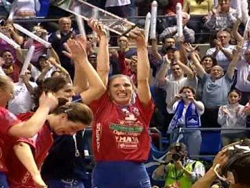 Lágrimas por el Club de Voleibol Marichal