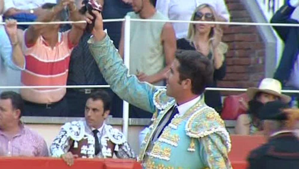 Serafín Martín pone en pie a la Monumental