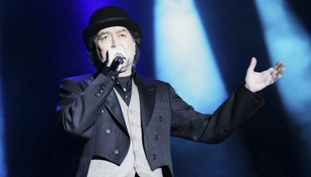 El cantante Joaquín Sabina en una actuación.