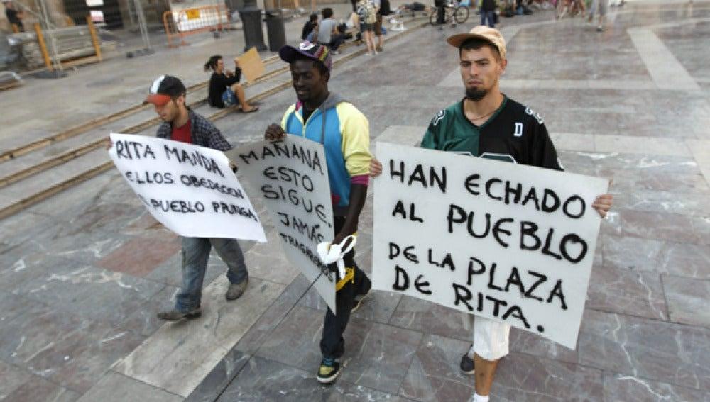 Indignados marchando en Valencia