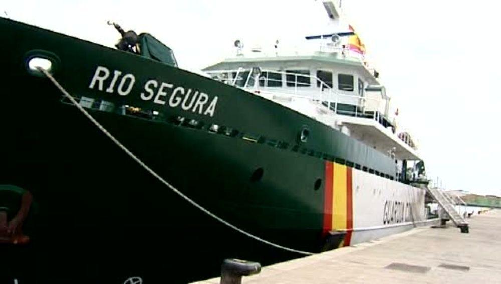 Nuevo barco de la guardia civil para el control de la inmigración