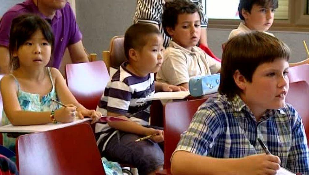 Chinos Canarias que aprenden  mandarín