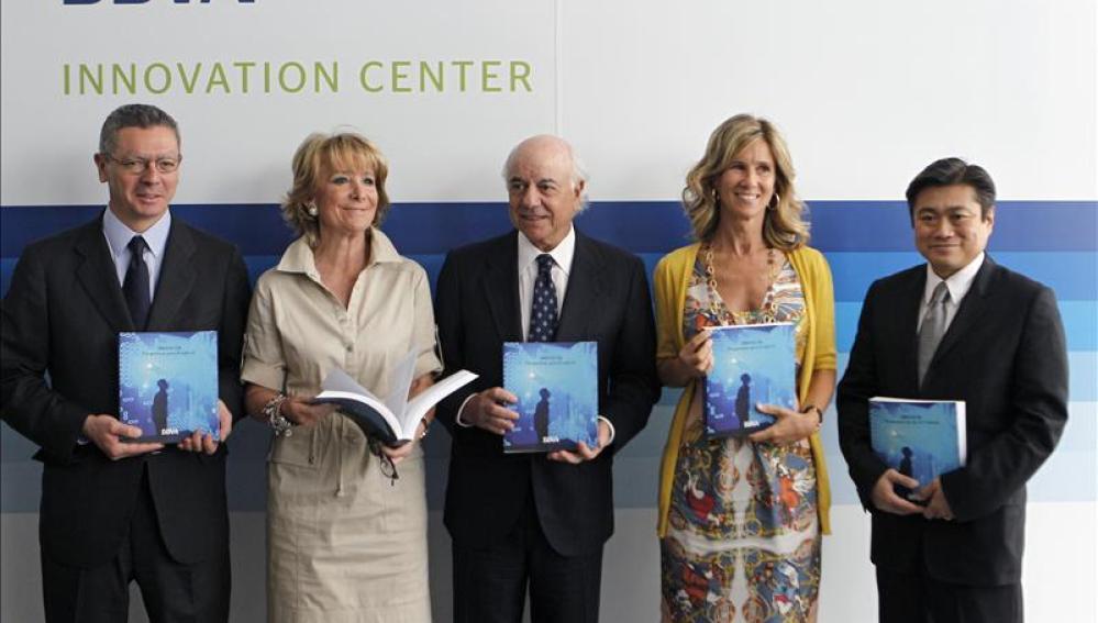 Aguirre y Gallardón en la apertura del centro de innovación del BBVA
