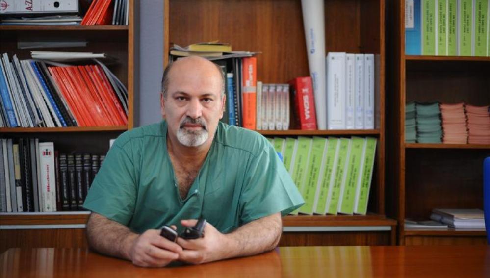 El cirujano cirujano cardiovascular del hospital Virgen de las Nieves, Abdo Abdallah