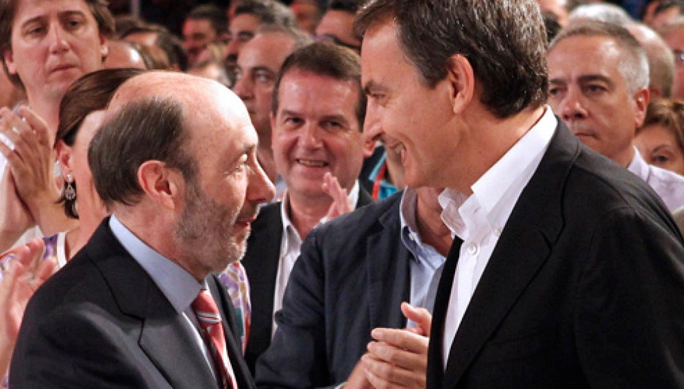 José Luís Rodríguez Zapatero junto al candidato a la presidencia Alfredo Pérez Rubalcaba.