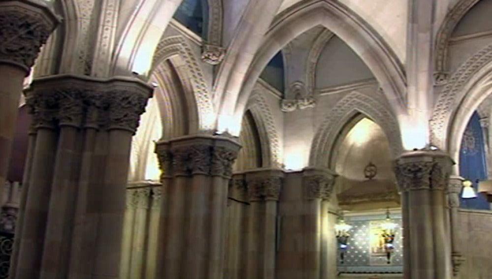 La Sagrada Familia reabre sus puertas tres meses después