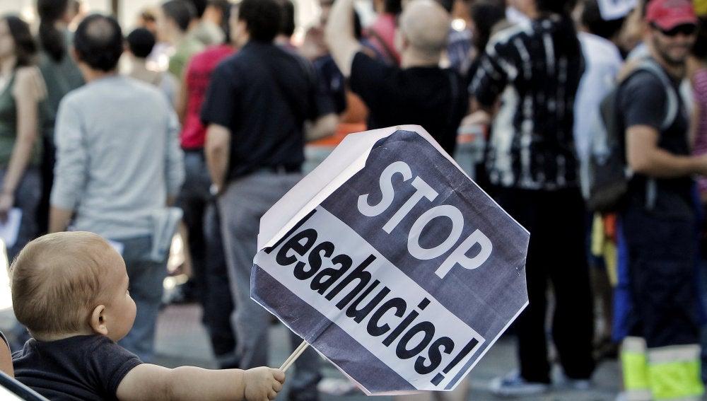 Ejecutan el desahucio (8-10-2011)