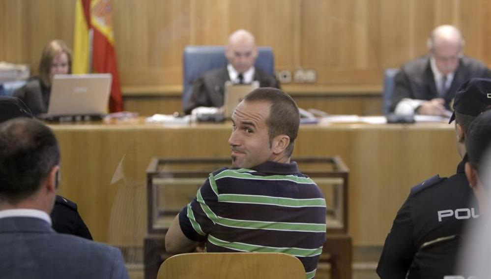 Txeroki, sentado ante el juez Bermúdez