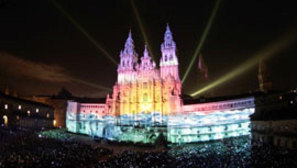 Santiago de Compostela se ilumina