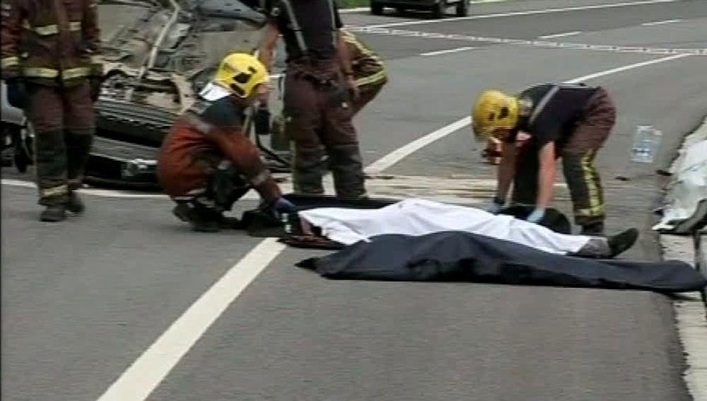 Cuatro jóvenes de entre 20 y 22 años murieron en un accidente de tráfico
