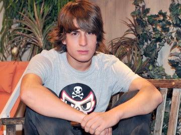 Lucas, guapo y tímido