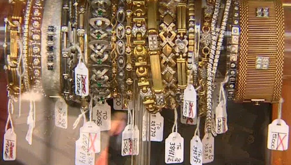 Las tiendas de compra y venta de oro están en auge en nuestro país