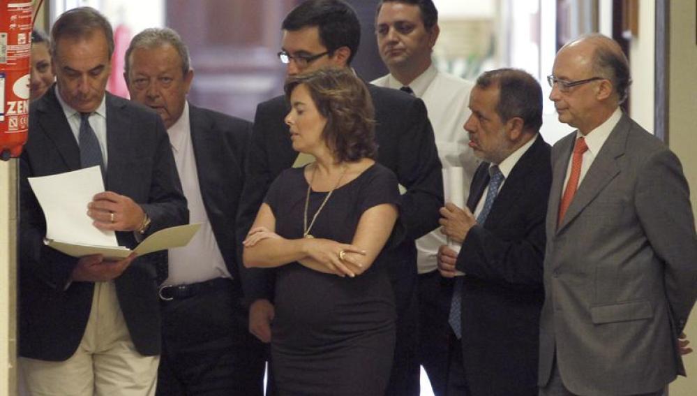 PP y PSOE presentaron el acuerdo alcanzado anoche para reformar la Constitución