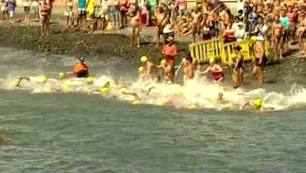 Más de 200 nadadores en Pozo Izquierdo