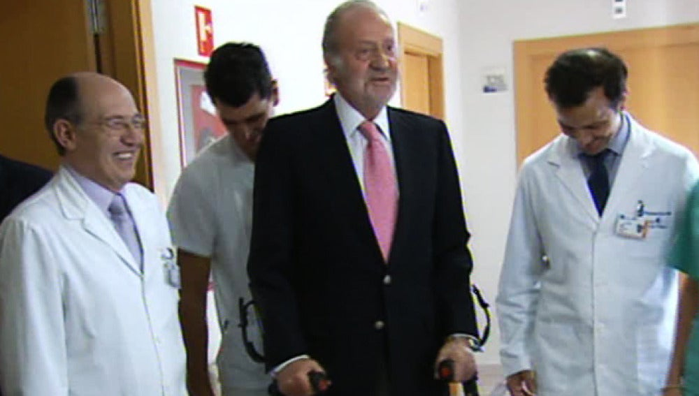El rey Don Juan Carlos tras ser intervenido