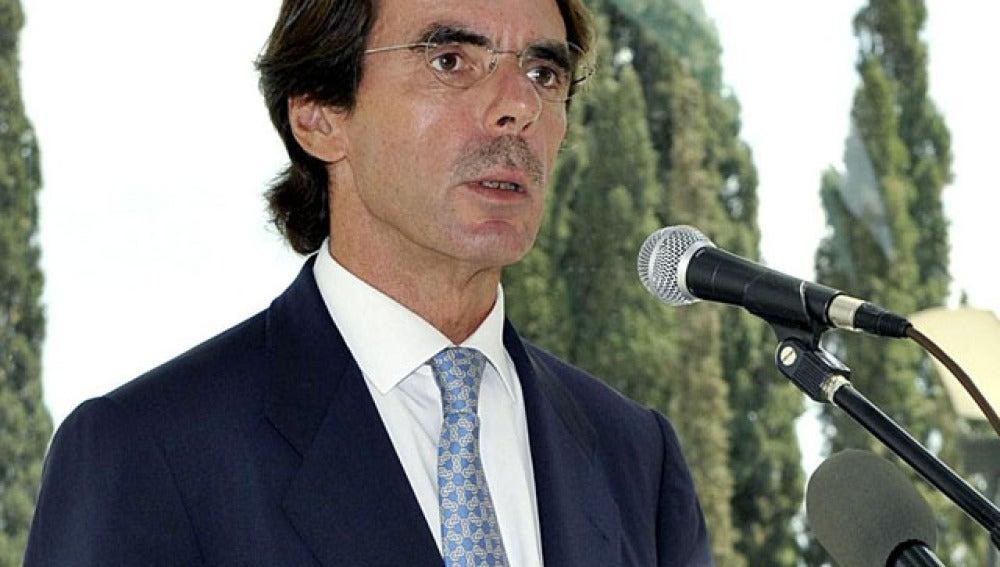 """Aznar: """"Hay un serio riesgo de que la UE como la conocemos hoy pueda ser insostenible"""""""