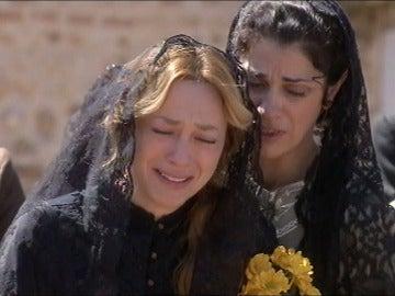 Flor, un gran apoyo para el dolor de Sara
