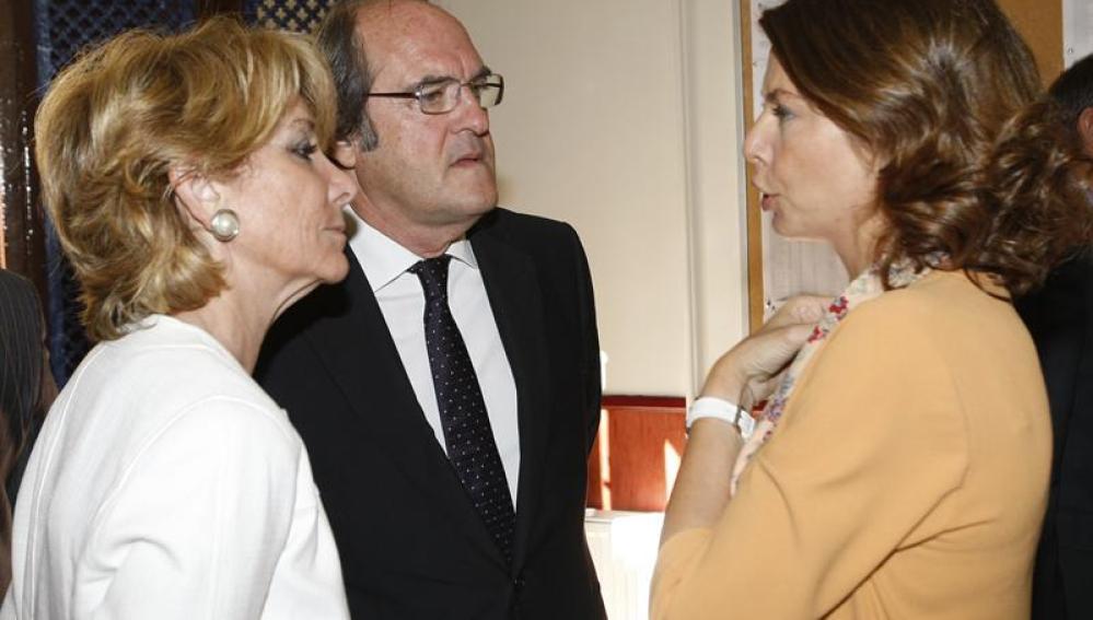 Aguirre, Figar y Gabilondo en la inauguración del curso escolar en el colegio Fernando el católico