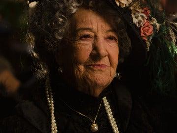 Asunción Balaguer es Lady