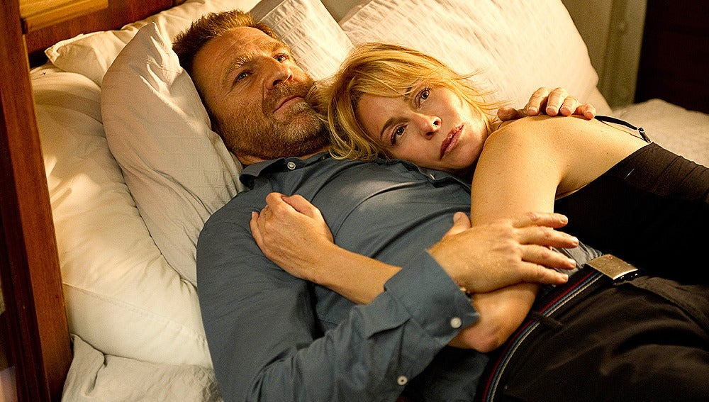 El capitán y Leonor duermen juntos