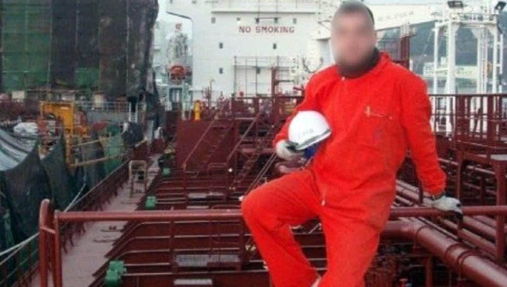 Uno de los marineros secuertrado