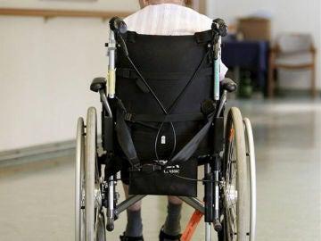 Despiden a dos trabajadoras por tratos vejatorios a una anciana en Terrassa