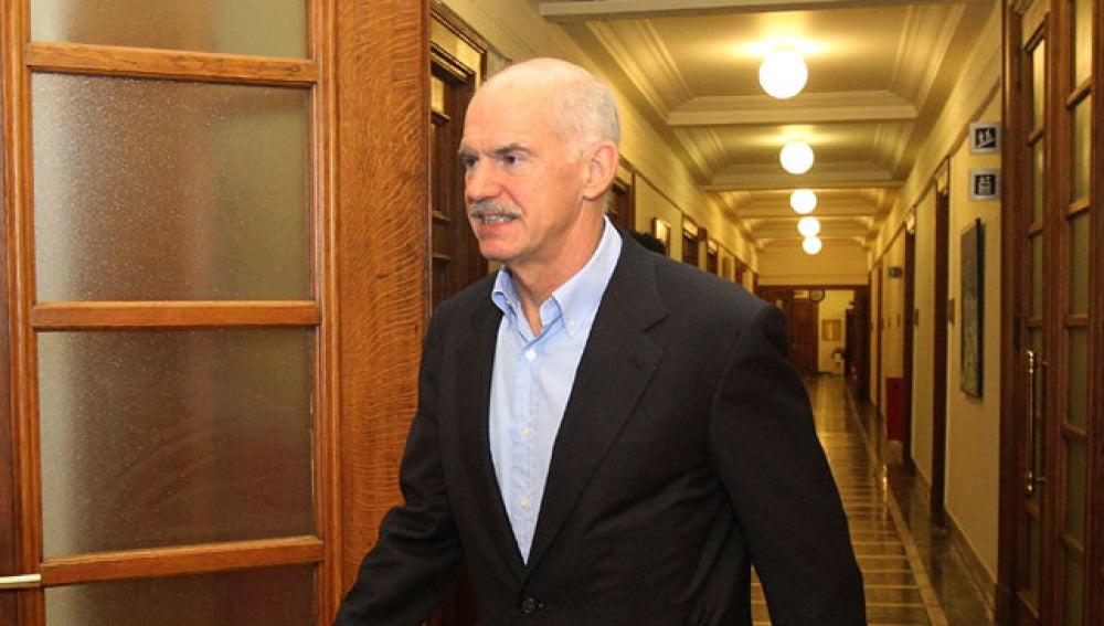 El todavía primer ministro griego, Yorgos Papandréu