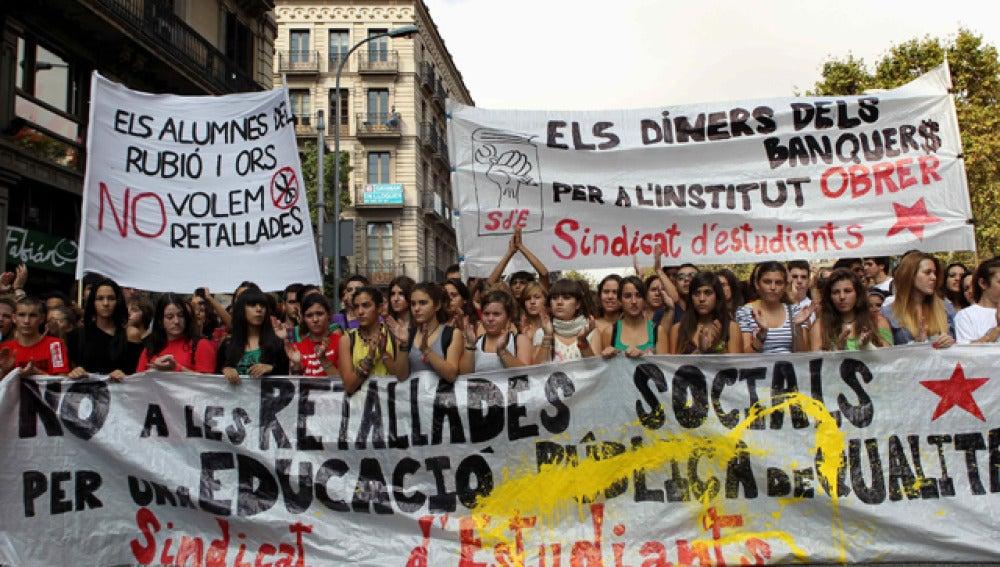 Estudiantes de Secundaria se manifiestan en Barcelona