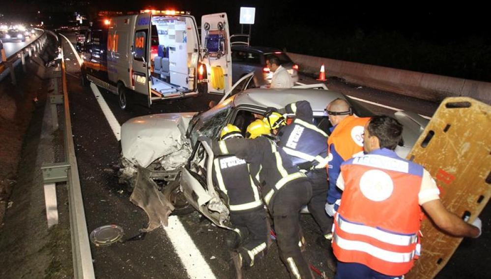 Imagen de archivo de un accidente de tráfico en Pontevedra