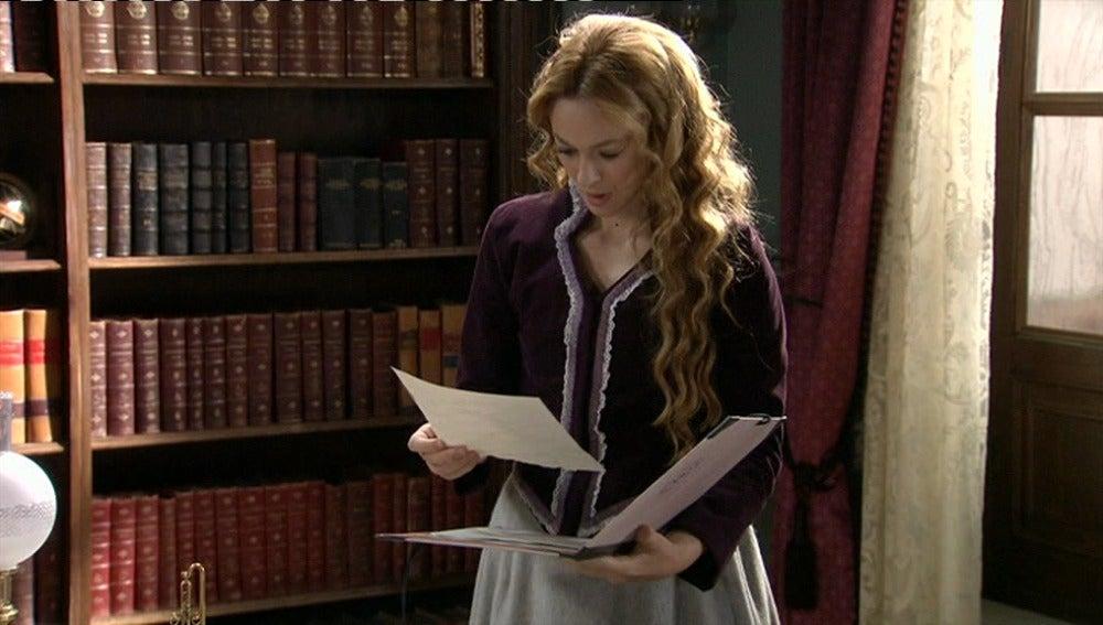 Sara encuentra unos documentos sospechosos