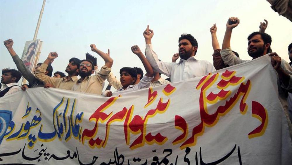 Paquistaníes contra la OTAN y EEUU