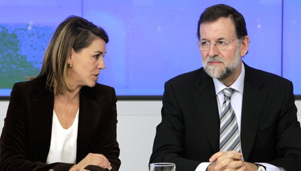Rajoy y Cospedal, juntos en la reunión de Génova