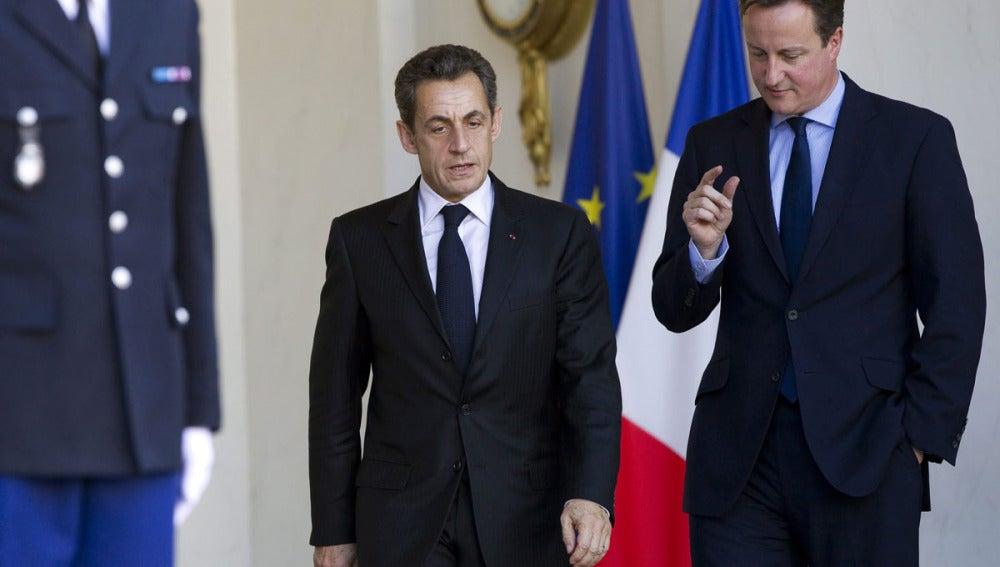 David Cameron con Nicolas Sarkozy, en el Palacio del Eliseo el pasado 2 de diciembre