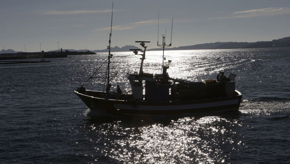 Un barco en aguas de Mauritania