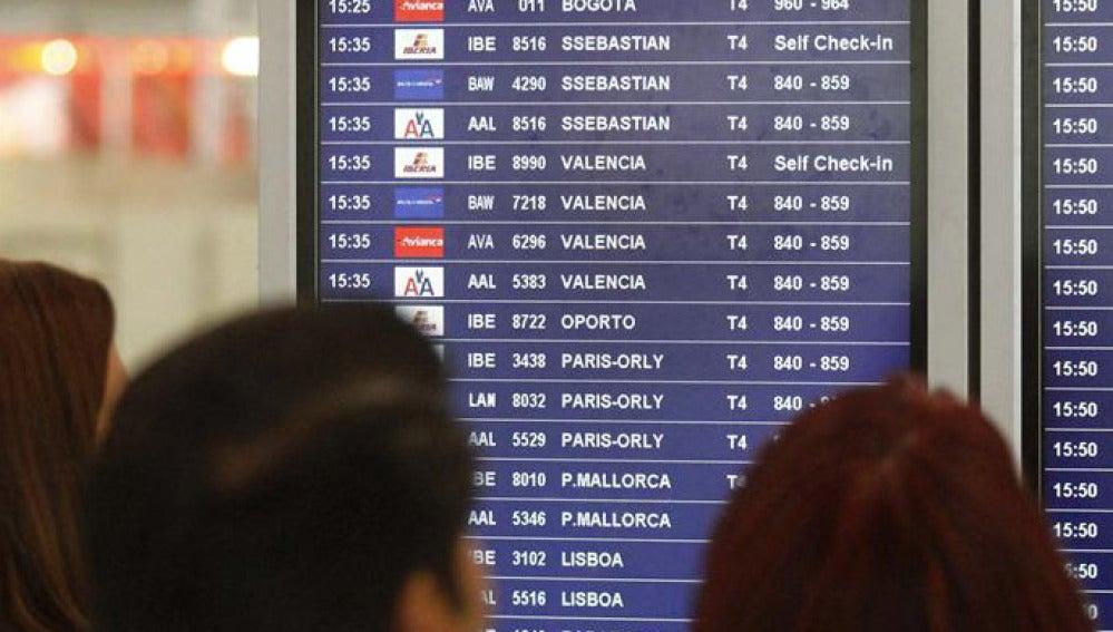 Normalidad en el primer día de huelga de pilotos de Iberia