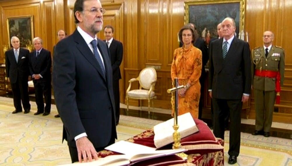 Mariano Rajoy ha jurado su cargo ante el rey en Zarzuela